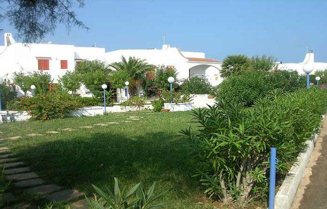 Villaggio hotel plaia ostuni puglia for Villaggio ostuni