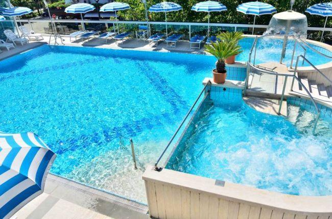 Hotel king alba adriatica abruzzo - Hotel con piscina abruzzo ...