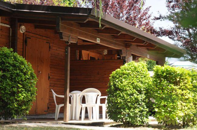 Adriano camping village punta marina terme emilia romagna for Fantastici disegni di bungalow